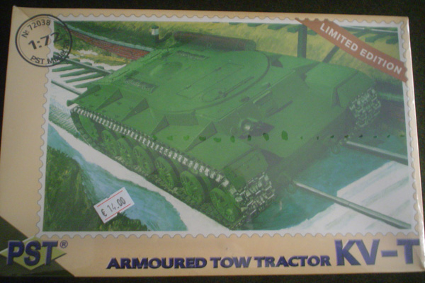 KV-T ARMOURED TOW TRACTOR 1/72 (Box)